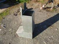 I have 1 new single hole pig feeder,it will feed up to