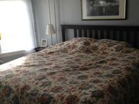 I am selling our pillowtop king size mattress, the