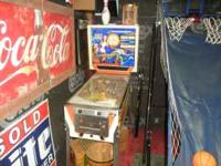 Nice pinball machine works needs a few bulbs I have the