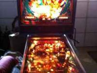 1984 Williams laser cue pinball machine good condition