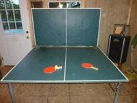 Ping pong table policy size in excellent condition ...