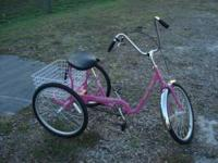 trailmate adult trike never rode, pretty pink with