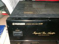 THIS WELL MADE VINTAGE AMPLIFER HAS THE MUSCLE FOR THE