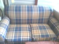 Plaid love seat in great shape! Very comfortable. No