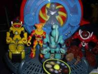 I'm selling this nearly complete set of Planet Heroes