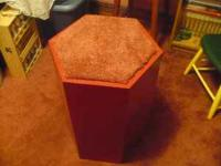 Colonial red aquarium / plant hexagon stand with new