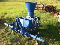 1 row planter. $450 Please call  // //]]> Location: