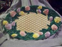 I HAVE A BASKETWEAVE PATTERN PLATTER. IT'S BEAUTIFULLY