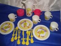 1st group of play dishes are The Tweety Bird set.