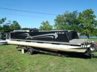 Playbuoy 22ft Party Barge with 90hp Evinrude Short term