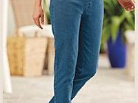 5 pair of flat waist jeans made by Blair (1faded blue