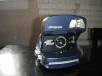 Auto focus. Auto flash. Like new condition. Only used