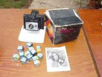Polaroid Square Shooter 2 Land Camera. Original box and