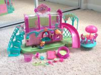 Gently used play sets: Polly Pocket Sparklin Pets Spa