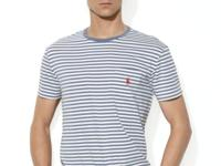 This striped cotton crewneck is tailored for a fitted