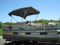 2002 18' bass buggy pontoon boat and trailer. 50hp 4
