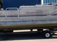 22 Foot Smokercraft pontoon boat with 4 stroke 50 hp