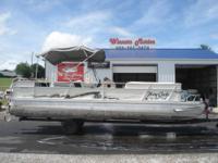 Pontoon Boat affordable - $9900 (Lake Cumberland near