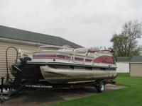 1999 Suntracker 18' pontoon, 2 new batteries, fish