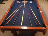LA Billiards 8' slate pool table, complete with Deluxe