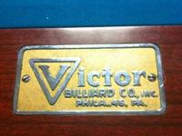 This is a Victor 4.5 x 9' regulation pool table in
