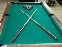 Beautiful vending type pool table, new felt, all