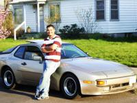 A very nice 1984 Porsche 944. it is a must see! It runs