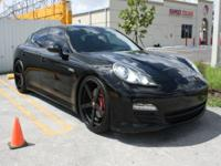 BEAUTIFUL 2011 PORSCHE PANAMERA 4, LOADED WITH OPTIONS.