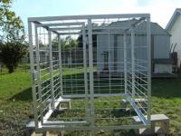 New portable sheep and goat cage for hauling sheep,