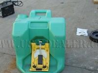 Portable Eyewash W660 This site and all advertising