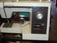 Old Kenmore Electric Sewing Machine It runs, I don't