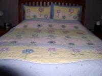 Pottery Barn Kids Quilted Comforter - Full/Queen