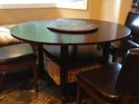 Pottery barn Shayne drop leaf table only 1 yr old with
