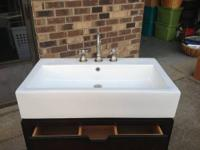 Like New Pottery Barn Seville Sink and Faucet Sink $