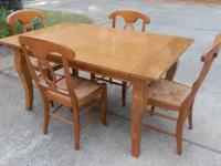 Pottery Barn Table And 4 Chairs   $495