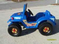 Perfectly working powerwheels jeep. Son is to big for