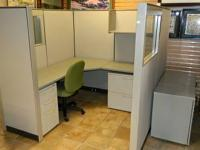 PRE-OWNED/USED WORK AREA WORKSTATIONS W / GLASS