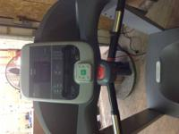 The Precor EFX 556i Elliptical offers exercisers a