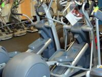 Precor Ellipticals. Design EFX 576I Encounter