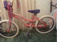 "Pretty Girls 22"" NEXT Bicycle -$45 It is like New"