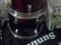 Need Gone ASAP Here I have listed is a set of drums, I
