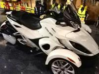 ***PRICE REDUCED*** NEW 2014 Can-Am Spyder ST SE5 Only