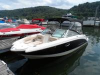 Fully Loaded 2012 Chaparral Sunesta 224!!!!! This is a