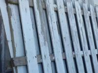 Type:GardenType:fencing4 sections of white picket fence