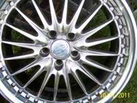Great set of Alloy wheels at a resonable price. Mount