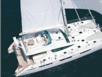 This is the new flagship of the Privilege range. At 76'