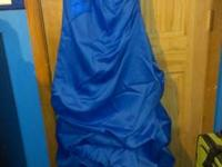 Prom dress only worn once, perfect condition, size