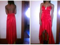 Dress Size 7/8 (strings in back can make it tighter)
