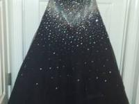 Black Prom bridal gown dimension 18, yet has a bodice