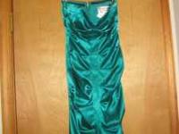 Pretty Emerald green dress perfect for Prom or